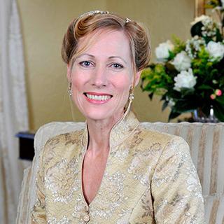 Mrs Tonya McCusker